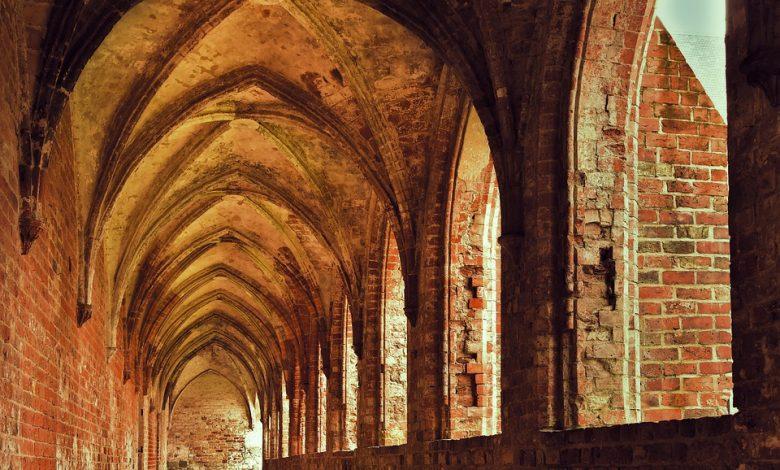 Photo of Ruina gotyckiego Kościoła w Rumi